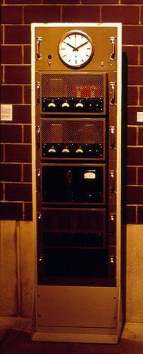 Schema Elettrico Wiki : Orologi elettrici introduzione schema storico